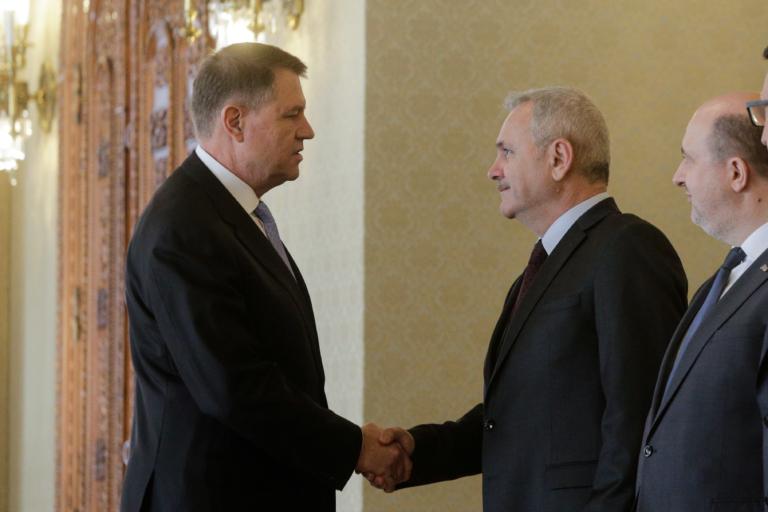 Adio, domnule Iohannis! Cât ne folosește un președinte paralizat de frică?